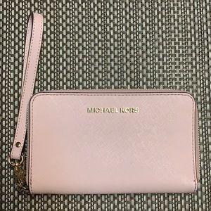Michael Kors Light Pink Wristlet